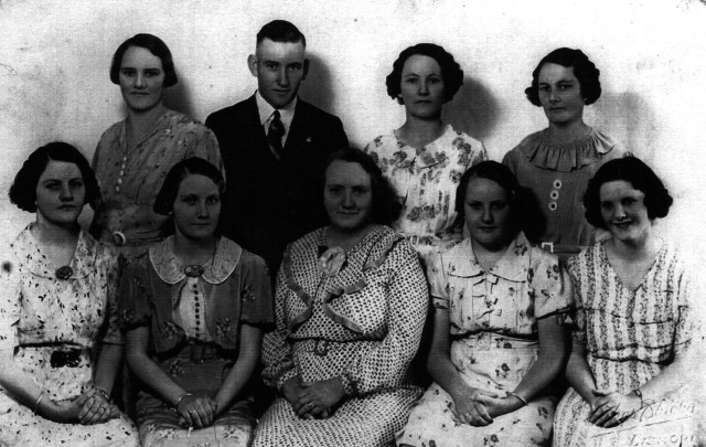 The Clark family. back row: Sylvia, Albert, Irma, Phyllis front row: Alice, Emily, Ivy (mother), Gladys, Ivy.